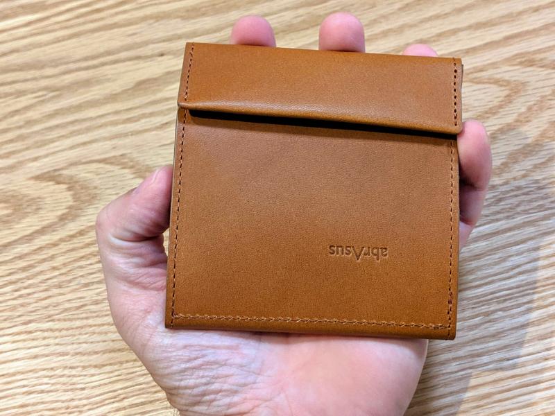 アブラサス薄い財布手のひらサイズ