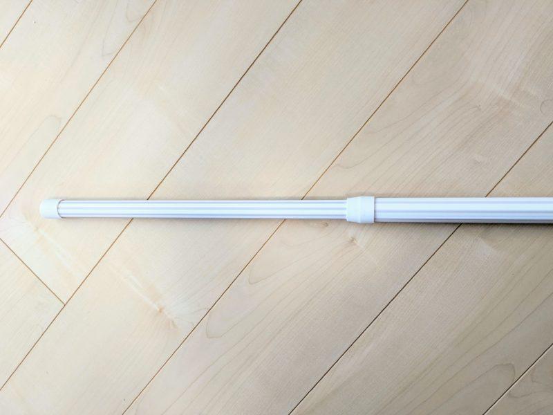 物干し竿は伸縮可能で2つに解体できるので収納もしやすい